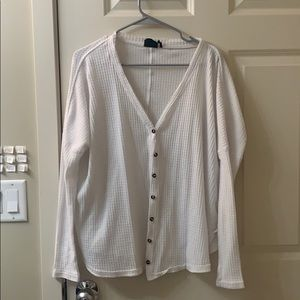 Comfy and oversized top!